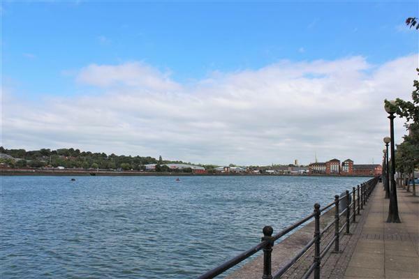 Docklands Walk