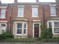 4 bedroom Flat to rent in Dilston Road, Fenham...
