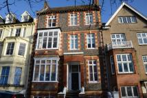 Studio flat to rent in Close Brighton College...