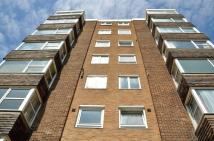 1 bed Ground Flat to rent in Belle Vue Gardens, BN2