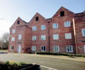 2 bed Apartment for sale in Henshall House...