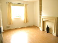 Hillmore Grove Flat to rent