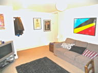 1 bedroom Apartment to rent in Kings Grove, London, SE15