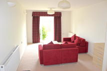 1 bedroom Apartment in Addiscombe Road, Croydon...
