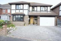 5 bedroom Detached home in Hardys Way, Canvey Island