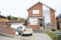 3 bed Detached property to rent in Thundersley Park Road...