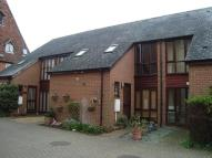 2 bed Terraced house in Oast Court...