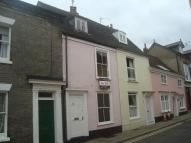 GUILDHALL STREET Town House to rent