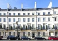 3 bed Flat for sale in Grosvenor Crescent...