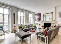 7 bedroom Terraced house in Chester Street...