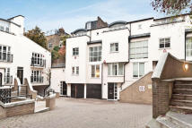 1 bedroom Apartment to rent in Peony Court, Park Walk...