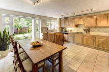 Town House for sale in Canford Close...