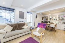2 bed Apartment in Highbury Place, London