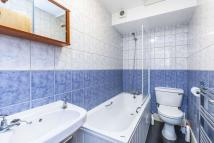 Northchurch Road Apartment to rent