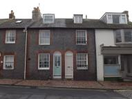 2 bed Terraced home in Priory Street, Lewes, BN7