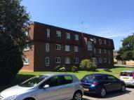 Caxton Way Flat to rent