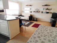 2 bedroom Flat to rent in Myers Lane, London, SE14