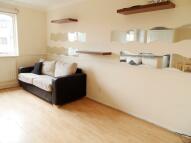 2 bedroom Flat in Myers Lane, London, SE14
