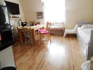 1 bed Flat in Brighton Road...