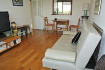 2 bed Flat in Foxborough Gardens...
