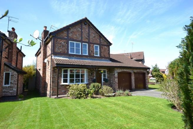 4 Bed Detached