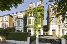 Studio apartment in Highlever Road W10