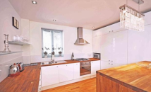 Flat to rent in Burton Street WC1