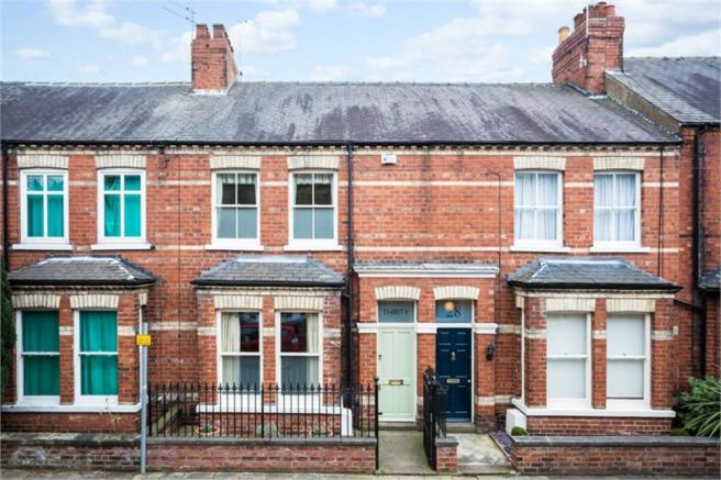 3 bedroom terraced house for sale in 30 avenue terrace