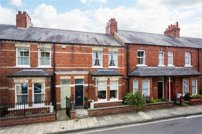 3 bedroom terraced house for sale in avenue terrace