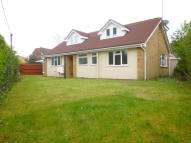 4 bedroom Detached Bungalow in Sandy Lane...