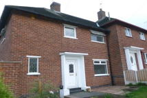 3 bed semi detached house in Stradbroke Way...