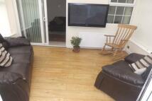 3 bedroom property in Lytton Avenue