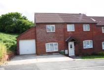 4 bedroom property in Wellfield Beddau
