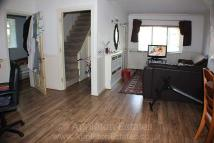3 bed semi detached house to rent in Alders Lane...