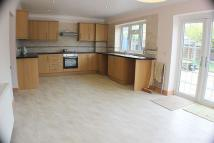 5 bed semi detached property to rent in Lakehall Road...