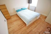 Flat to rent in Morland Avenue, Croydon