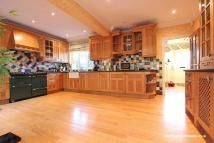 5 bed Detached property in West Hill, South Croydon