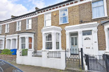 3 bed Terraced house for sale in Oswyth Road, London, SE5