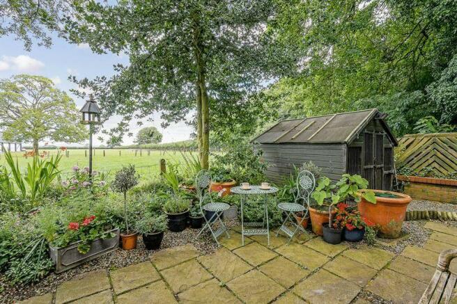 Gardens and Te...