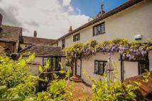 3 bed semi detached house for sale in COOKHAM DEAN
