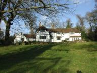 4 bedroom Detached home in COOKHAM DEAN