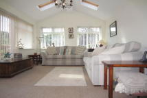 4 bedroom Detached house in Cunningham Drive...