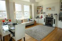 2 bed Flat to rent in Two Bed Flat with...