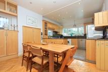 5 bed Detached home to rent in 5 Bed Detached House -...