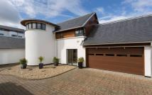 5 bedroom Detached home for sale in Brighouse Park Rigg...