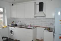 5 bed Terraced property in SANDERSTEAD ROAD, London...