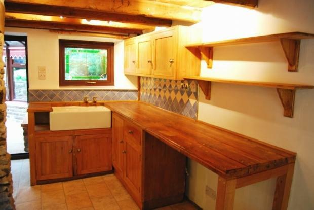 Dining Kitchen Image 2