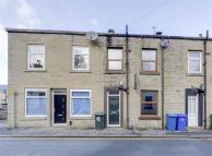 2 bed Terraced home to rent in Acre Mill Road...