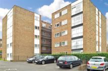 Apartment for sale in Paddockhall Road...