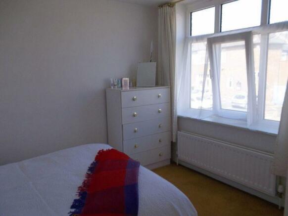 Bedroom 1 - ad...